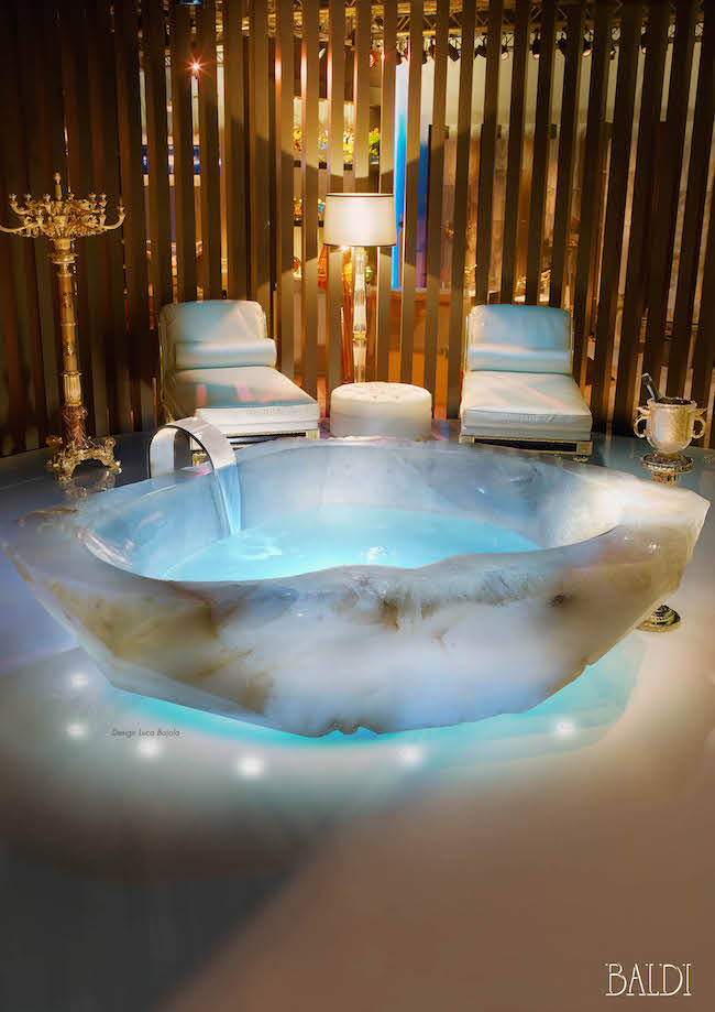 13 most unique bathtubs that are beyond beautiful | evercoolhomes