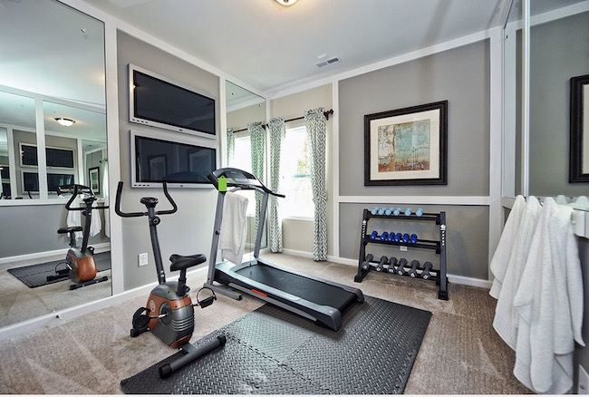 10 places in your home to set up your own home gym evercoolhomes. Black Bedroom Furniture Sets. Home Design Ideas