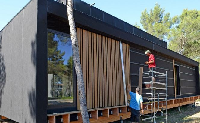 pop up house aix en provence outside of building studio. Black Bedroom Furniture Sets. Home Design Ideas